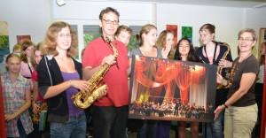 Übergabe der neuen Saxophone (Fotos: Paul Winter)
